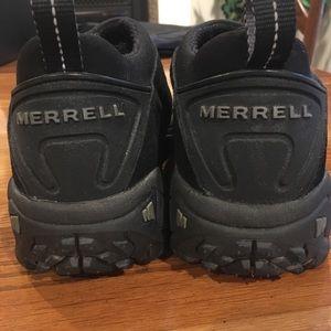 Men's size 11 Merrell black shoes